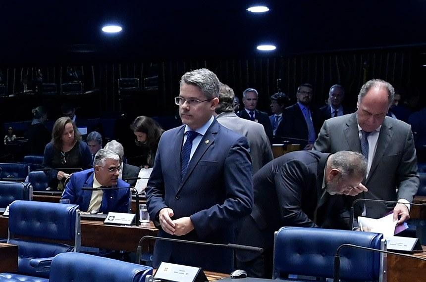 Plenário do Senado Federal durante sessão deliberativa ordinária. Ordem do dia.  Em pronunciamento, à bancada, senador Eduardo Braga (MDB-AM).  Foto: Waldemir Barreto/Agência Senado