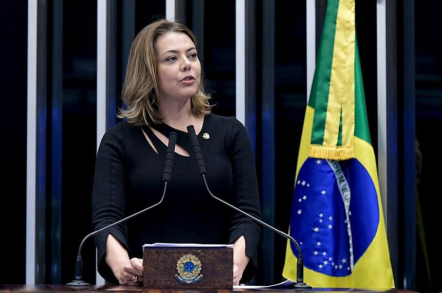 Plenário do Senado Federal durante sessão deliberativa ordinária.   Em discurso, à tribuna, senadora Leila Barros (PSB-DF).    Foto: Waldemir Barreto/Agência Senado