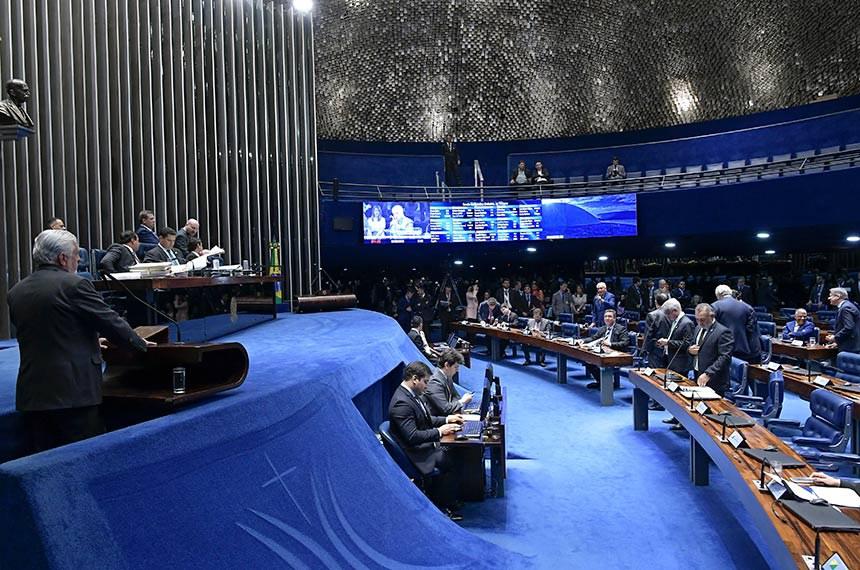 Plenário do Senado Federal durante sessão deliberativa ordinária. Ordem do dia.  Em pronunciamento, à tribuna, senador Jaques Wagner (PT-BA).  Foto: Waldemir Barreto/Agência Senado
