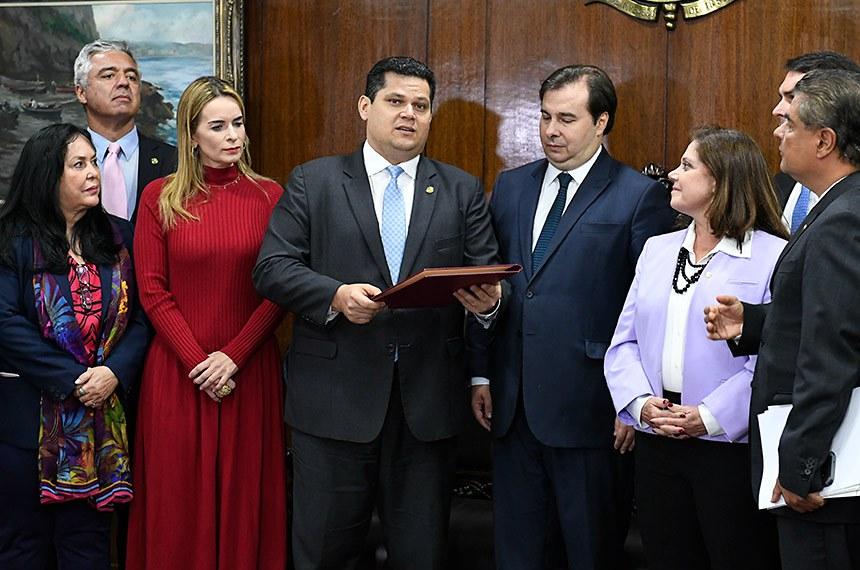 Depois de receber a proposta de reforma da Previdência, o presidente do Senado, Davi Alcolumbre, afirmou que calendário de tramitação foi construído para que todos os partidos possam discutir a matéria