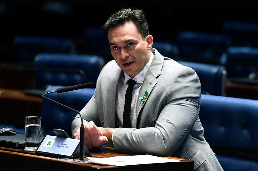Plenário do Senado Federal durante sessão não deliberativa.   Em pronunciamento, à bancada, senador Styvenson Valentim (Pode-RN).  Foto: Edilson Rodrigues/Agência Senado