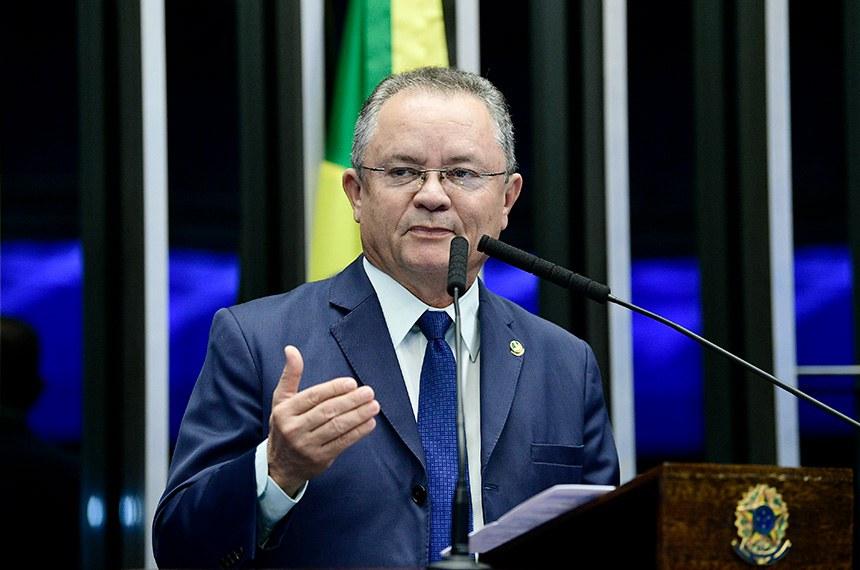 Plenário do Senado Federal durante sessão não deliberativa.   Em discurso, à tribuna, senador Zequinha Marinho (PSC-PA).  Foto: Pedro França/Agência Senado