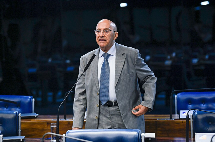 Plenário do Senado Federal durante sessão deliberativa ordinária.   Em pronunciamento, à bancada, senador Confúcio Moura (MDB-RO).  Foto: Jefferson Rudy/Agência Senado
