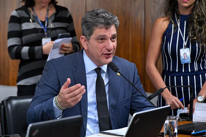 Senador Rogério Carvalho pede auditoria do TCU sobre liberação de emendas