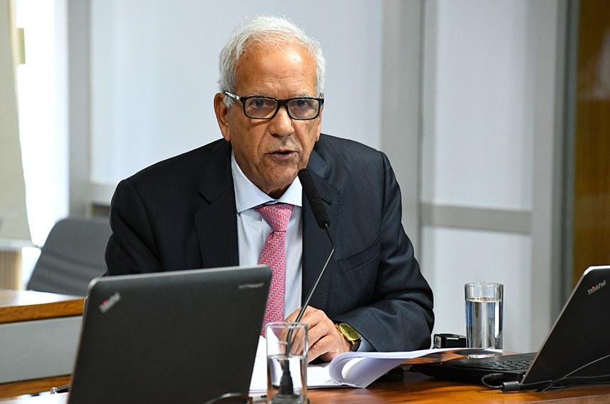 Para o senador Oriovisto Guimarães, relator da proposta na CAE, projeto favorece a diminuição da burocracia. Porém, ele entende que todos os sócios devem ser comunicados antes que o fechamento ocorra
