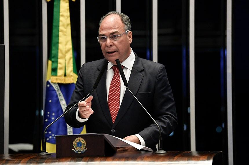 Plenário do Senado Federal durante sessão não deliberativa.   Em discurso, à tribuna, senador Fernando Bezerra Coelho (MDB-PE).  Foto: Jefferson Rudy/Agência Senado