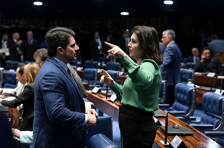 Plenário do Senado Federal durante sessão deliberativa ordinária. Ordem do dia.  (E/D: senador Marcos do Val (Podemos-ES); senadora Simone Tebet (MDB-MS).  Foto: Jefferson Rudy/Agência Senado