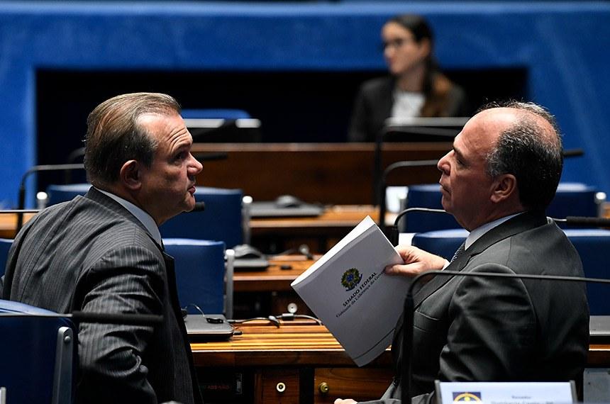 Plenário do Senado Federal durante sessão deliberativa ordinária.   Bancada:  senador Wellington Fagundes (PL-MT);  senador Fernando Bezerra Coelho (MDB-PE).  Foto: Jefferson Rudy/Agência Senado