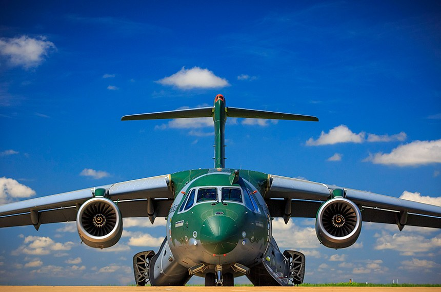 08.03.2016  KC-390, a nova aeronave de transporte da Força Aérea Brasileira