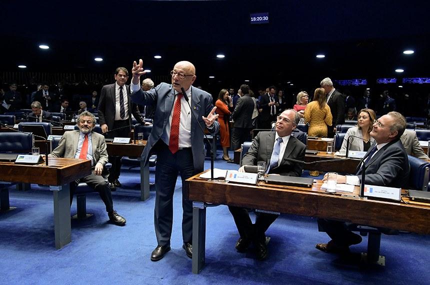 Plenário do Senado Federal durante sessão deliberativa ordinária. Ordem do dia.  Em pronuciamento, à bancada, senador Esperidião Amin (PP-SC).  Foto: Waldemir Barreto/Agência Senado