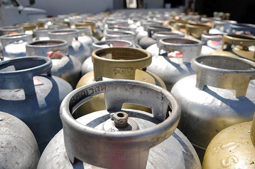 A possibilidade de o consumidor de GLP encher o botijão de forma parcial foi anunciada no fim de julho pela Agência Nacional de Petróleo, Gás Natural e Biocombustíveis