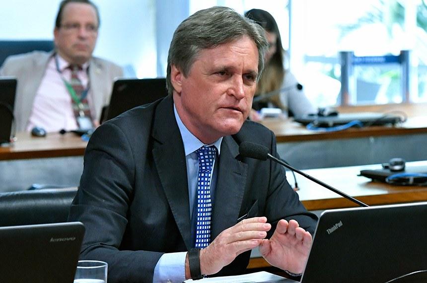 Comissão de Educação deve analisar projeto de Dário Berger que garante a liberdade de expressão no ambiente escolar, impedindo coação ou ameaça inclusive com uso de celulares sem anuência do professor