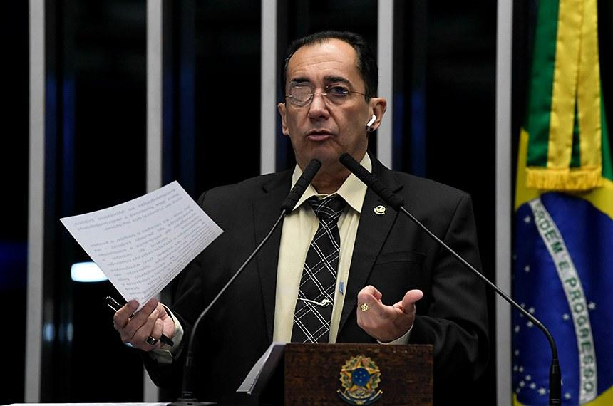 Plenário do Senado Federal durante sessão deliberativa ordinária.   Em discurso, à tribuna, senador Jorge Kajuru (Patriota-GO).  Foto: Jefferson Rudy/Agência Senado