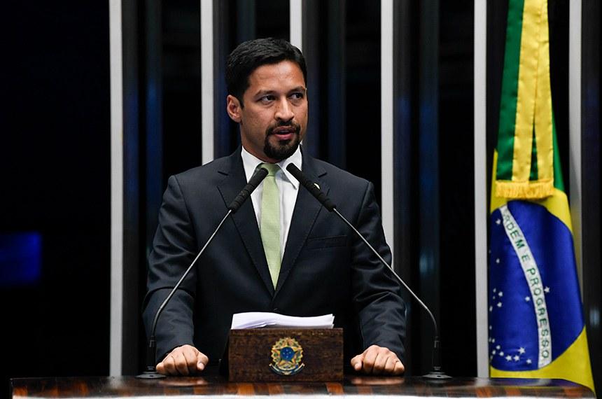 Plenário do Senado Federal durante sessão deliberativa ordinária.   À tribuna, em discurso, senador Rodrigo Cunha (PSDB-AL).  Foto: Jefferson Rudy/Agência Senado