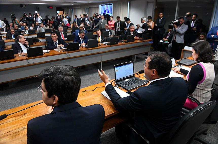 Comissão de Constituição, Justiça e Cidadania (CCJ) realiza   Foto: Marcos Oliveira/Agência Senado