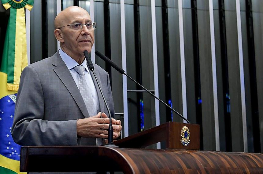 Plenário do Senado Federal durante sessão deliberativa ordinária.   À tribuna, em discurso, senador Confúcio Moura (MDB-RO).  Foto: Waldemir Barreto/Agência Senado