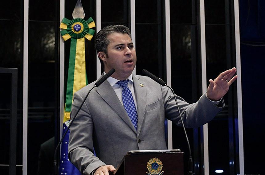 Plenário do Senado Federal durante sessão não deliberativa.   Em discurso, à tribuna, senador Marcos Rogério (DEM-RO).  Foto: Waldemir Barreto/Agência Senado