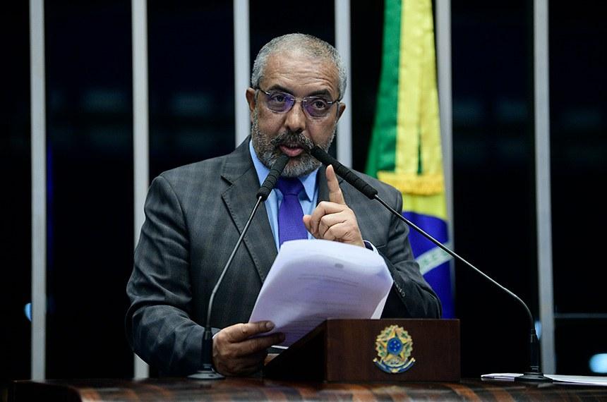 Plenário do Senado Federal durante sessão não deliberativa.  Em pronunciamento, senador Paulo Paim (PT-RS).  Foto: Pedro França/Agência Senado
