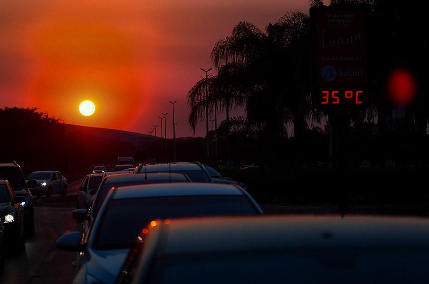 Trânsito em Brasília.   Foto: Marcos Oliveira/Agência Senado