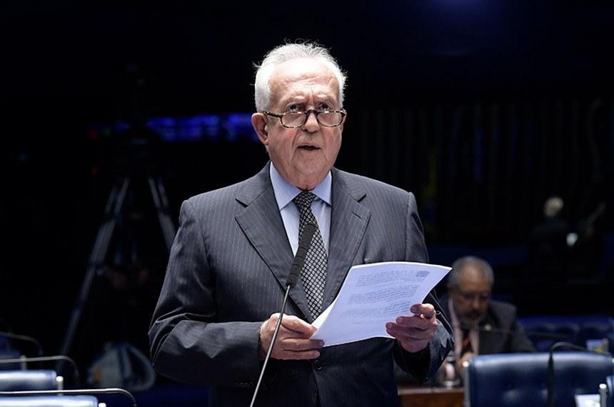Plenário do Senado Federal durante sessão deliberativa ordinária.   Em pronunciamento, à bancada, senador Jarbas Vasconcelos (MDB-PE).  Foto: Waldemir Barreto/Agência Senado