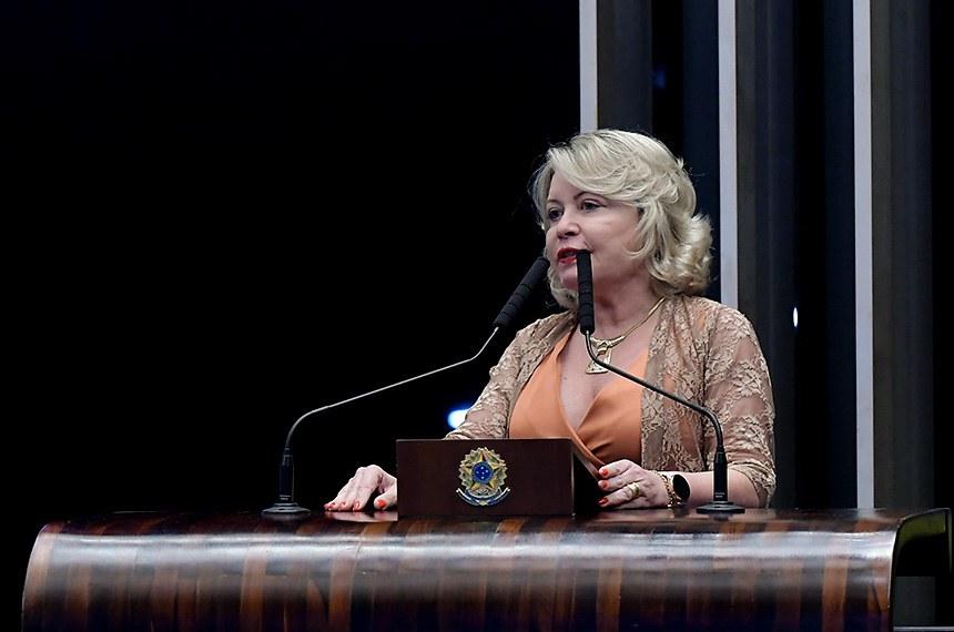 Plenário do Senado Federal durante sessão não deliberativa.   Em discurso, à tribuna, senadora Juíza Selma (Podemos-MT).  Foto: Waldemir Barreto/Agência Senado