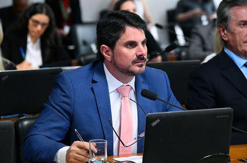 Projeto de Marcos do Val assegura em lei benefício que já é concedido por algumas companhias aéreas