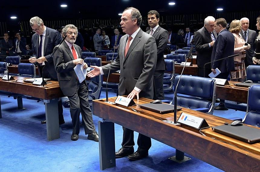 Plenário do Senado Federal durante sessão deliberativa ordinária. Ordem do dia.  Em pronunciamento, à bancada, senador Fernando Bezerra Coelho (MDB-PE).  Foto: Waldemir Barreto/Agência Senado