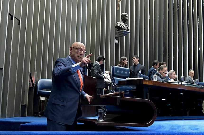 Plenário do Senado Federal durante sessão deliberativa ordinária. Ordem do dia.   Em pronunciamento, à tribuna, senador Esperidião Amin (PP-SC).   Foto: Waldemir Barreto/Agência Senado