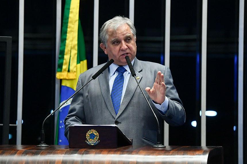 Plenário do Senado Federal durante sessão não deliberativa.   Em pronunciamento, à tribuna, senador Izalci (PSDB-DF).   Foto: Marcos Oliveira/Agência Senado