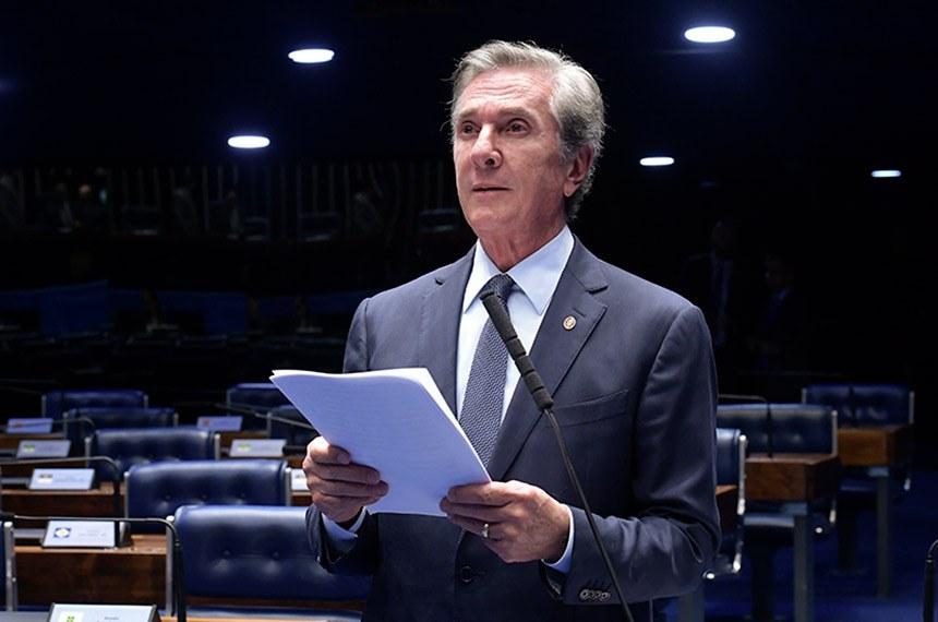 Plenário do Senado Federal durante sessão não deliberativa.   Em pronunciamento, à bancada, senador Fernando Collor (Pros-AL).  Foto: Waldemir Barreto/Agência Senado