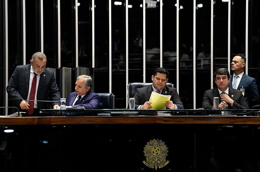 A MP 887 foi o primeiro item votado pelo Plenário nesta terça (15)
