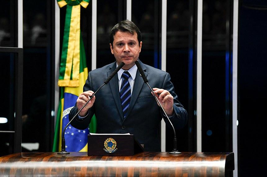 Plenário do Senado Federal durante sessão deliberativa ordinária.   Em discurso, à tribuna, senador Reguffe (Podemos-DF).  Foto: Jefferson Rudy/Agência Senado