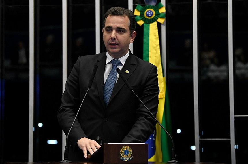 Plenário do Senado Federal durante sessão deliberativa ordinária.   À tribuna, em discurso, senador Rodrigo Pacheco (DEM-MG).  Foto: Jefferson Rudy/Agência Senado