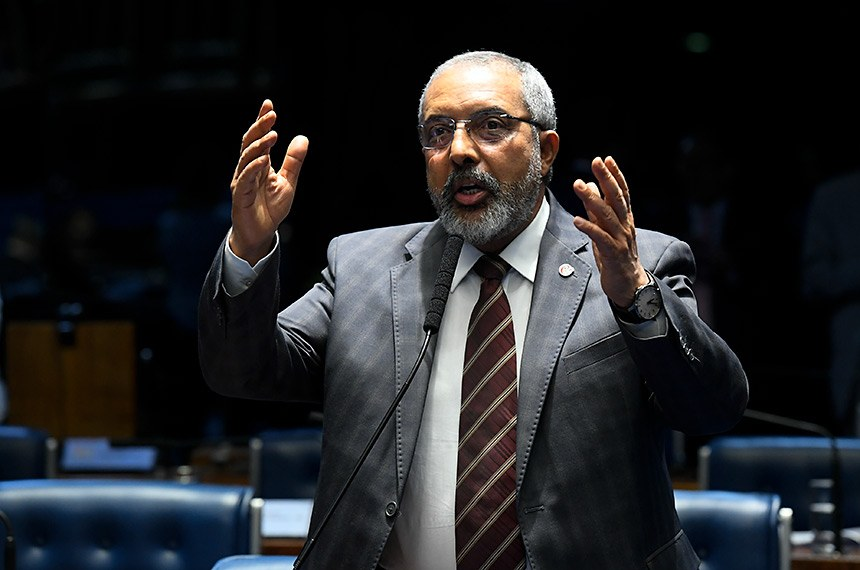Plenário do Senado Federal durante sessão deliberativa ordinária. Ordem do dia.   Em pronunciamento, senador Paulo Paim (PT-RS).  Foto: Roque de Sá/Agência Senado