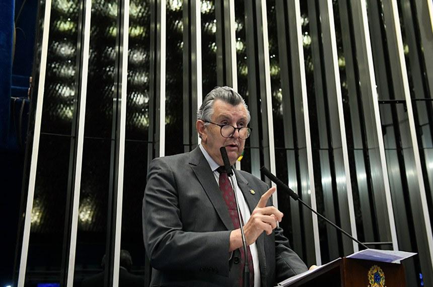 Plenário do Senado Federal durante sessão não deliberativa.   Em discurso, à tribuna, senador Luis Carlos Heinze (PP-RS).  Foto: Roque de Sá/Agência Senado