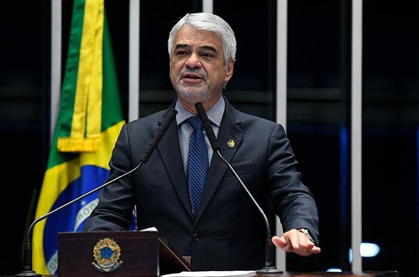 Plenário do Senado Federal durante sessão não deliberativa.   À tribuna, em discurso, senador Humberto Costa (PT-PE).  Foto: Roque de Sá/Agência Senado