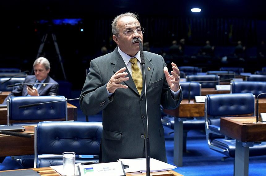 Plenário do Senado Federal durante sessão deliberativa ordinária.   À bancada, em pronunciamento, senador Chico Rodrigues (DEM-RR).  Foto: Waldemir Barreto/Agência Senado
