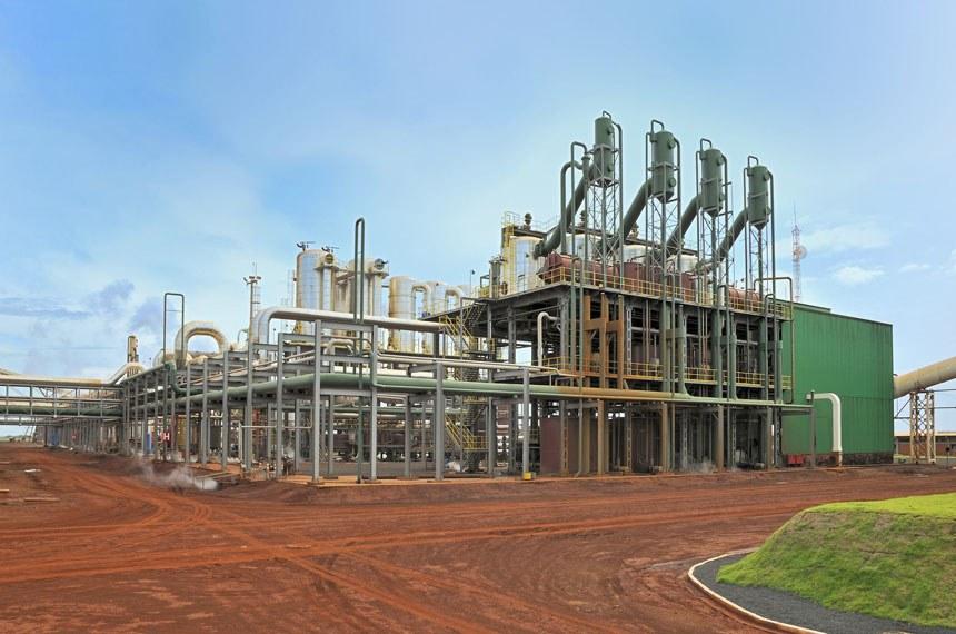 Geração de energia a partir de biomassa.  Cogeração Termelétrica E Centrais De Utilidades » TROPICAL ENERGIA – 2007  - Cliente:  BP BIOFUELS - Capacidade  Instalada:  62,5MVA para um complexo sucro-alcooleiro de 4,8 milhões de toneladas de cana por ano - Localização:  Estado de Goiás - Combustível:   bagaço de cana - Tipo de Ciclo:  ciclos Rankine