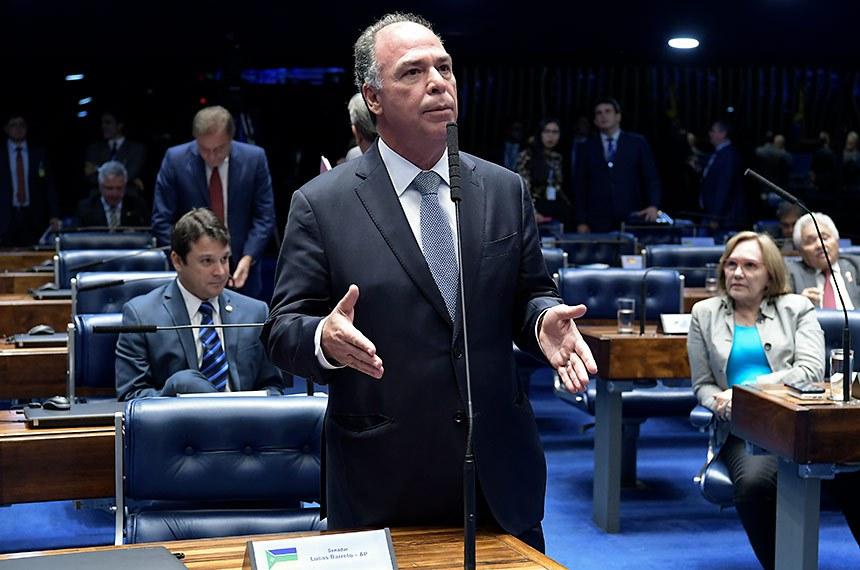 Plenário do Senado Federal durante sessão deliberativa ordinária. Ordem do dia.   À bancada, em pronunciamento, senador Fernando Bezerra Coelho (MDB-PE).  Foto: Waldemir Barreto/Agência Senado
