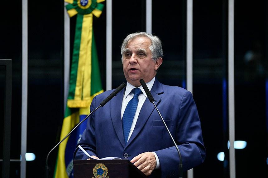 Plenário do Senado Federal durante sessão não deliberativa.   À tribuna, em discurso, senador Izalci Lucas (PSDB-DF).  Foto: Pedro França/Agência Senado