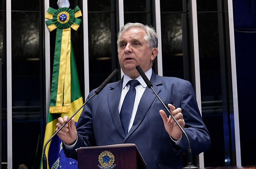 Plenário do Senado Federal durante sessão não deliberativa.   À tribuna, em discurso, senador Izalci Lucas (PSDB-DF).  Foto: Waldemir Barreto/Agência Senado