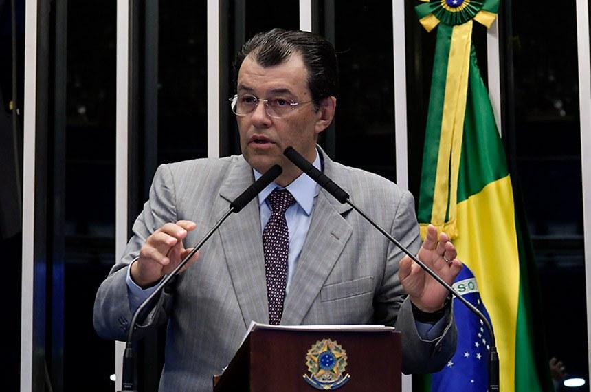 Plenário do Senado Federal durante sessão deliberativa ordinária.   Em discurso, à tribuna, senador Eduardo Braga (MDB-AM).  Foto: Waldemir Barreto/Agência Senado