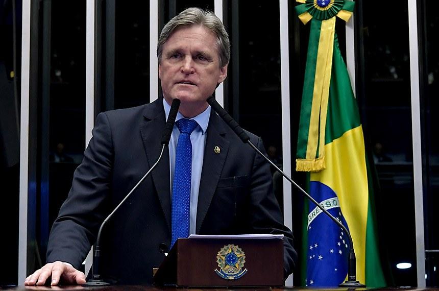 Plenário do Senado Federal durante sessão deliberativa ordinária.   À tribuna, em discurso, senador Dário Berger (MDB-SC).  Foto: Waldemir Barreto/Agência Senado