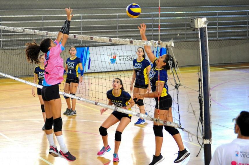 Abertura dos Jogos Escolares - Jogos Escolares de Vitória: vôlei abre a disputa e já tem final definida