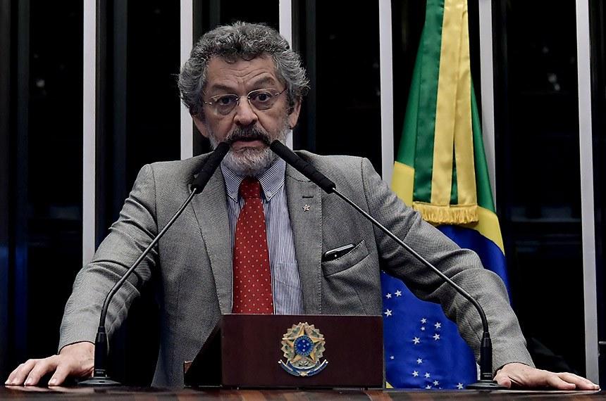 Plenário do Senado Federal durante sessão não deliberativa.   Em discurso, senador Paulo Rocha (PT-PA).  Foto: Waldemir Barreto/Agência Senado