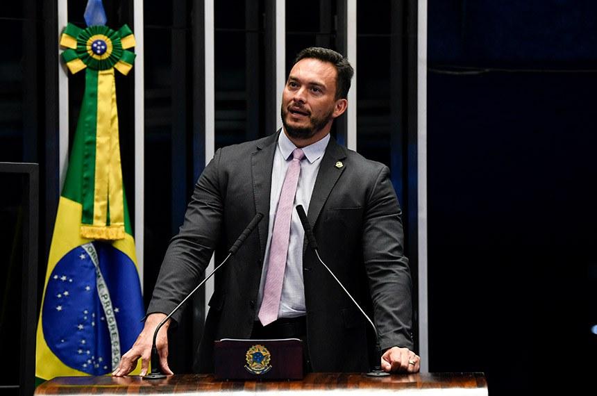 Plenário do Senado Federal durante sessão não deliberativa.   Em discurso, à tribuna, Styvenson Valentim (Podemos-RN).  Foto: Jefferson Rudy/Agência Senado