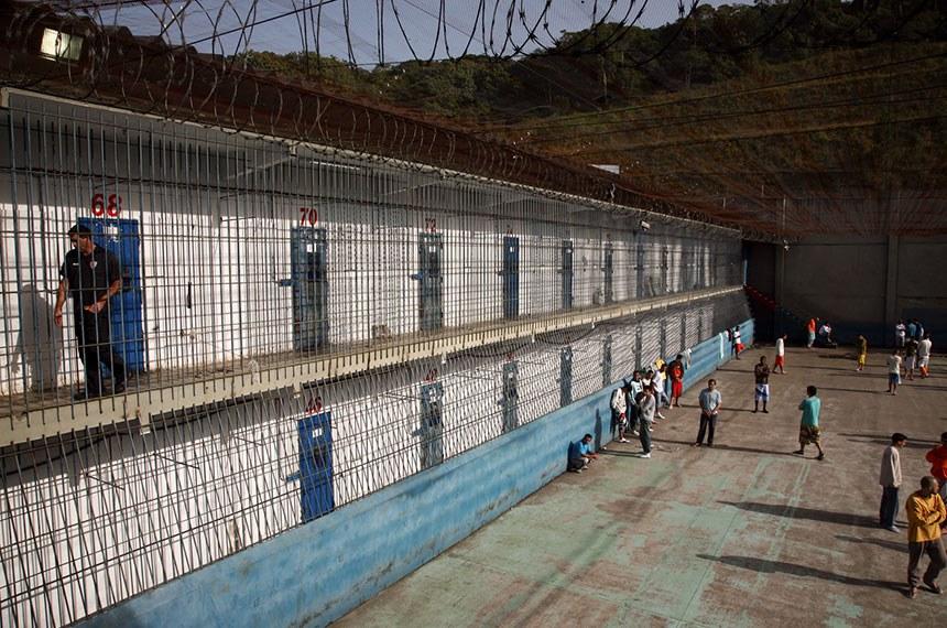 Inspeção no presídio Pedro de Alcantara em Santa Catarina.