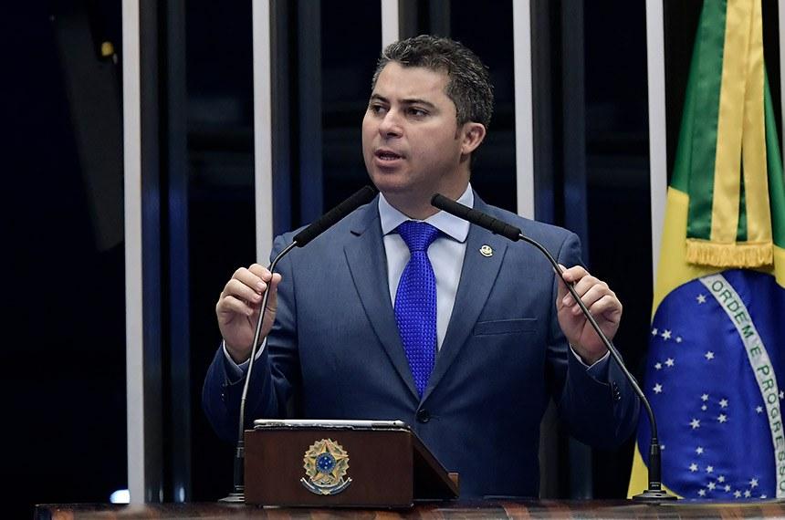 Plenário do Senado Federal durante sessão deliberativa ordinária.   Em discurso, à tribuna, senador Marcos Rogério (DEM-RO).  Foto: Waldemir Barreto/Agência Senado