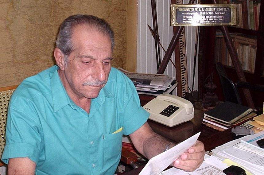O espeólogo Ramis Bucair, proprietário do Museu de Pedras Ramis Bucair, no Mato Grosso, usuário do saúde MT.