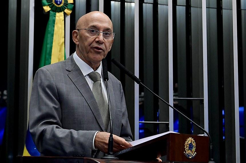 Plenário do Senado Federal durante sessão não deliberativa.   Em discurso, à  tribuna, senador Confúcio Moura (MDB-RO).  Foto: Waldemir Barreto/Agência Senado